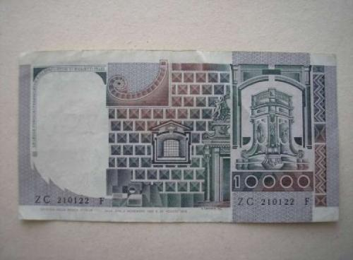 Italy-10000 Liri- 1982