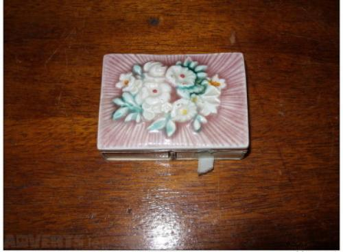 porcelain matchbox-1950/60