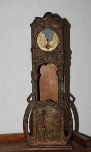 Varia, antiques, victoriana, black forest wood ; Clock