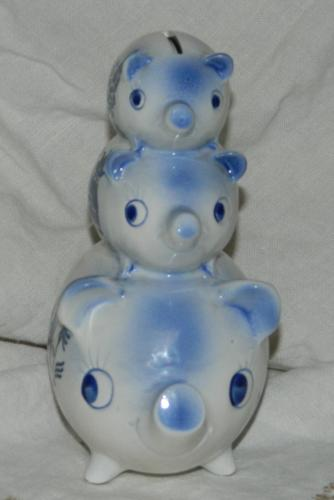 Blue Willow 3 stacked piggy bank
