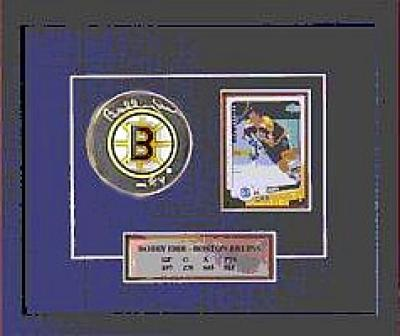 Bobby Orr autographed Bruins puck matted & framed (Great North Road)