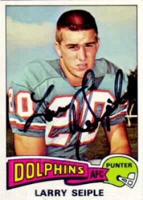 Larry Seiple autographed Miami Dolphins 1975 Topps card