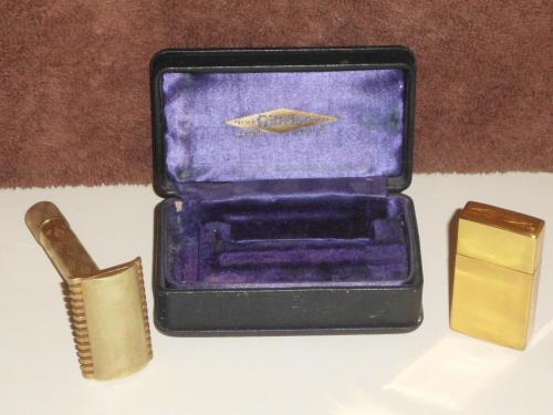 1928 Gillette New Improved Standard Gold Kit