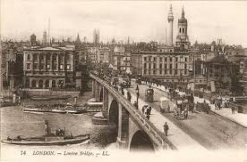 Old Postcard England UK ~ LONDON BRIDGE 1922