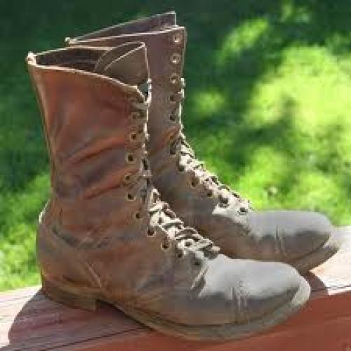 Militaria; WWII Brass Eyelet Paratrooper / Airborne Jump Boots