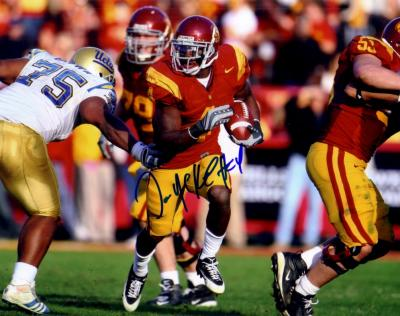 Joe McKnight autographed 8x10 USC photo