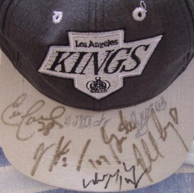 1995-96 Los Angeles Kings autographed cap (Wayne Gretzky Tony Granato Robert Lang)