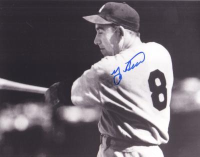 Yogi Berra autographed New York Yankees 8x10 photo