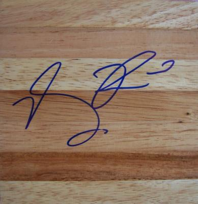 Derrick Rose autographed 6x6 basketball hardwood floor