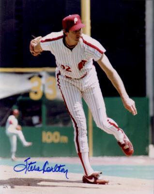 Steve Carlton autographed 8x10 Philadelphia Phillies photo