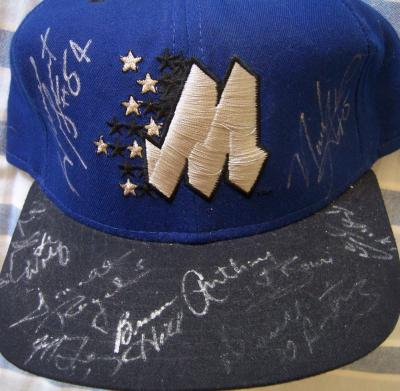 1995-96 Orlando Magic team autographed cap (Nick Anderson Darrell Armstrong Horace Grant)