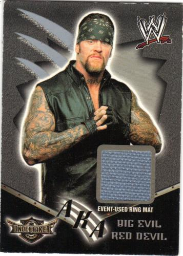 2002 fleer undertaker piece of mat