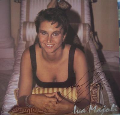 Iva Majoli autographed WTA Tour 1998 calendar page