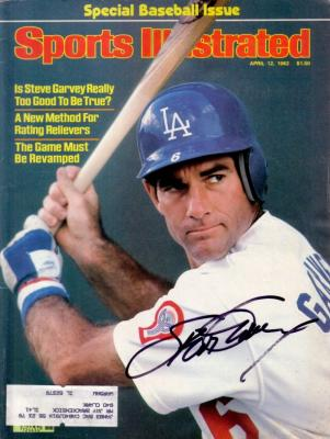Steve Garvey autographed Los Angeles Dodgers 1982 Sports Illustrated