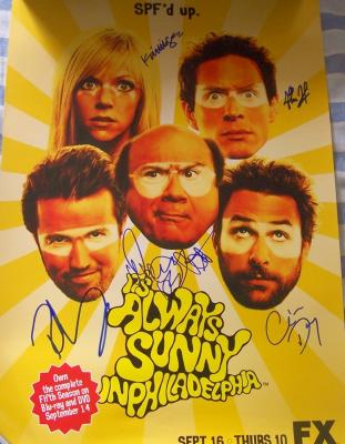 It's Always Sunny in Philadelphia cast autographed poster (Danny DeVito)