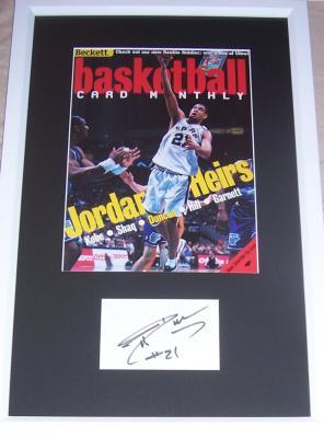 Tim Duncan autograph framed with San Antonio Spurs Beckett Basketball magazine cover