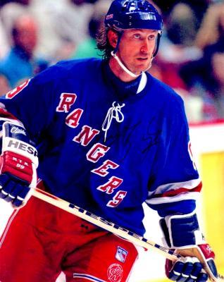 Wayne Gretzky autographed New York Rangers 8x10 photo
