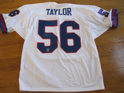 Lawrence Taylor autographed New York Giants authentic jersey (TriStar)