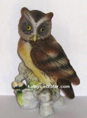 Lefton China KW121 Owl Bird Figurine
