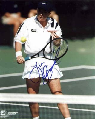 Lisa Raymond autographed 8x10 tennis photo