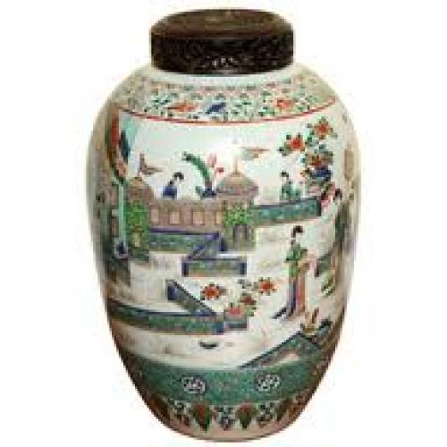 Large antique famille verte ovoid jar, 19th/20th century