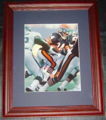 Walter Payton autographed Chicago Bears 8x10 photo matted & framed (Steiner)