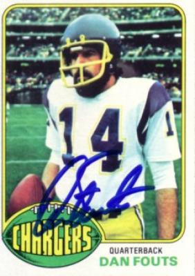 Dan Fouts autographed San Diego Chargers 1976 Topps card