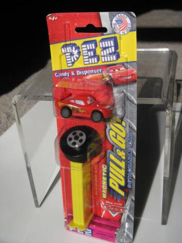 Cars Pull & Go LIghtning McQueen Pez Dispenser