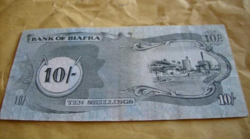 Biafra - 1968-10 /