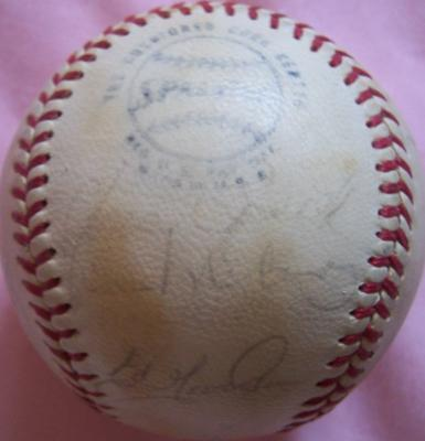 1972 San Francisco Giants team autographed NL baseball (Dave Kingman Willie McCovey)