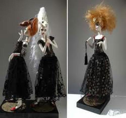 Porcelain-Dolls-Ednadali
