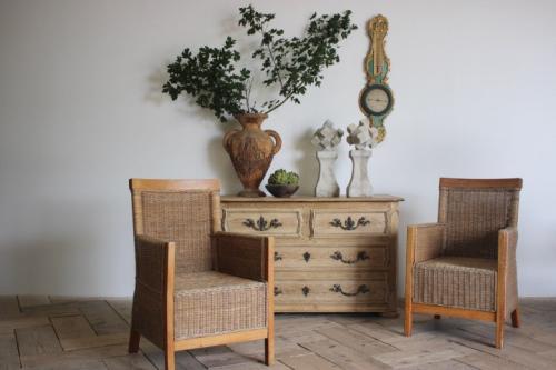 Decorative Collectibles Antiques UK: Brownrigg Interiors