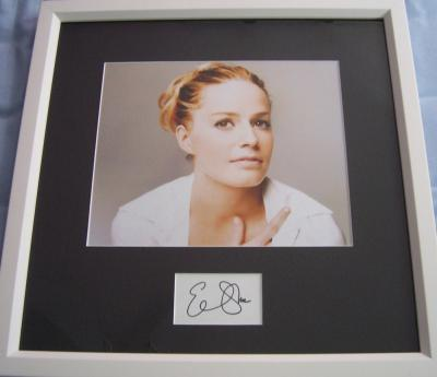 Elisabeth Shue autograph matted & framed with 8x10 photo