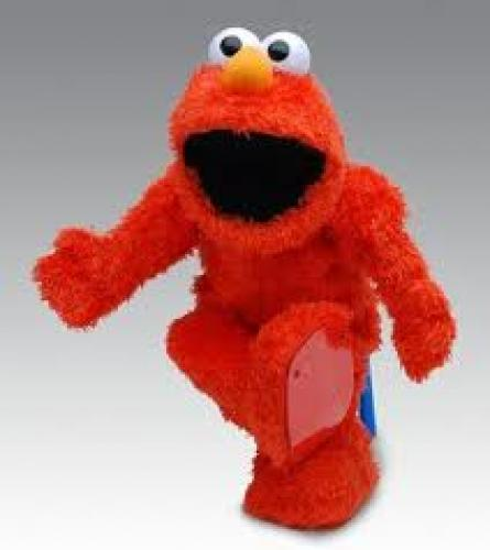 Geeky Toys; Elmo Live;  The Singing Dancing Muppet