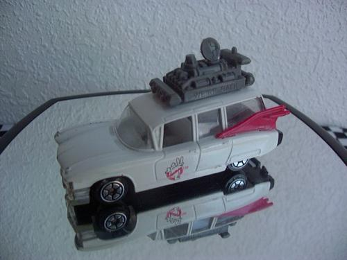 GOUSTBUSTERS ECTO-1