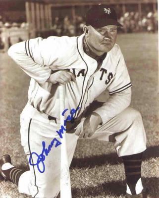 Johnny Mize autographed New York Giants 8x10 photo