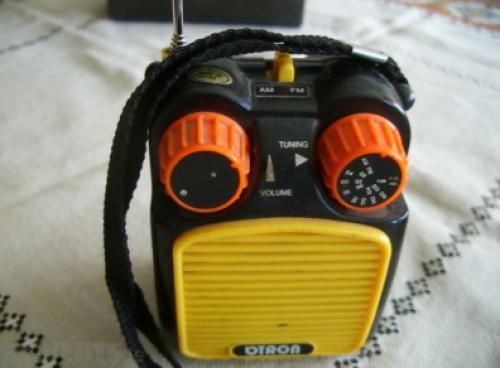 old radio-1970/80