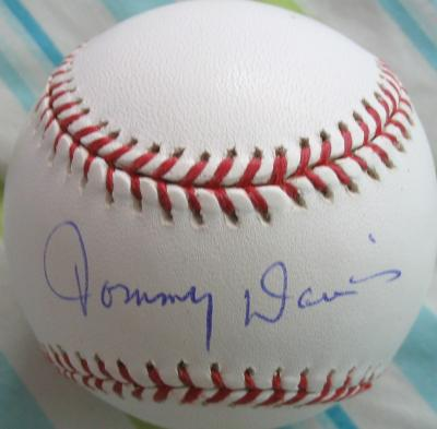 Tommy Davis autographed official MLB baseball