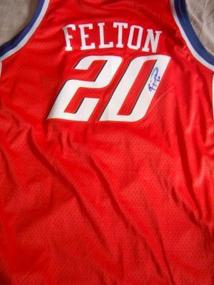 Raymond Felton autographed Charlotte Bobcats jersey