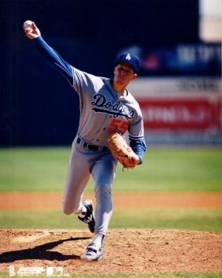 Orel Hershiser 8x10 Los Angeles Dodgers photo