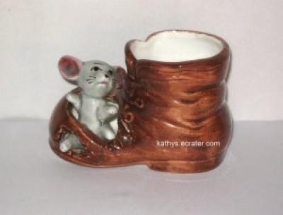 Container: Vintage Nanco Japan Mouse in Boot Toothpick Dried Flowers
