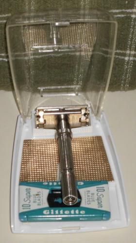1962 Gillette Slim Adjustable Razor Set w Blades and Instructions