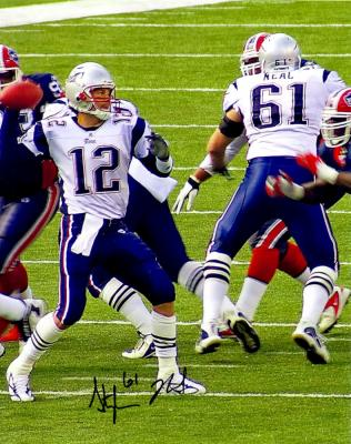 Stephen Neal autographed New England Patriots 8x10 photo