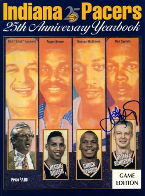 Detlef Schrempf autographed Indiana Pacers 1991-92 Yearbook