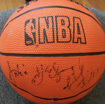 Michael Finley & Antonio McDyess autographed NBA mini basketball
