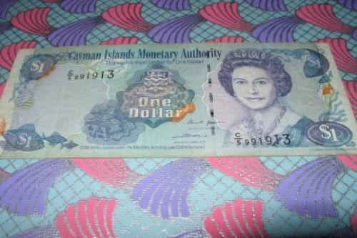 Cayman Islands 1 dolar-2004