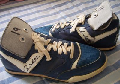 Paul Molitor autographed 1995 Toronto Blue Jays game used or worn Pony baseball cleats