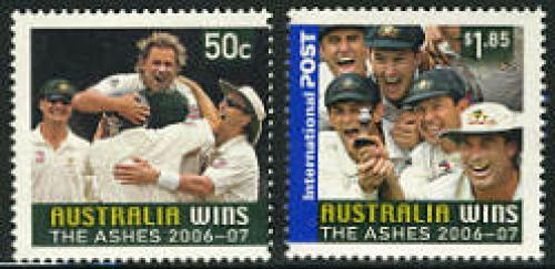 Australia wins the Ashes 2v