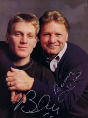 Bobby Hull &amp; Brett Hull autographed full page magazine photo