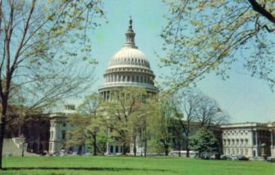 U.S. Capitol Building 1960s color postcard